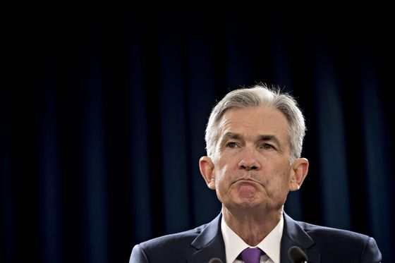 Powell Bets Your Inflation Beliefs Will Help Him Keep the Economy From Overheating