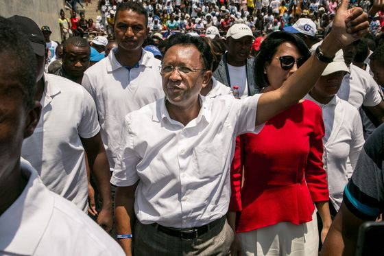 As Three Ex-Leaders Clash, Madagascar Vote Is Far From Vanilla