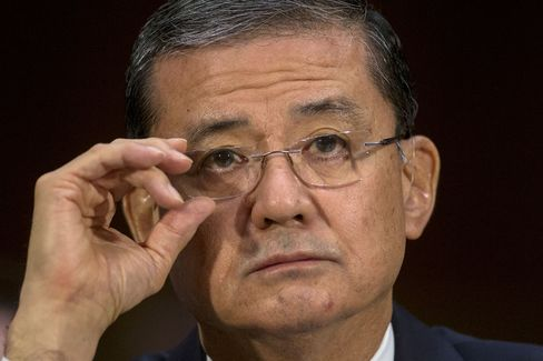 Push Grows for Shinseki to Go as Veteran Care Flaws Found
