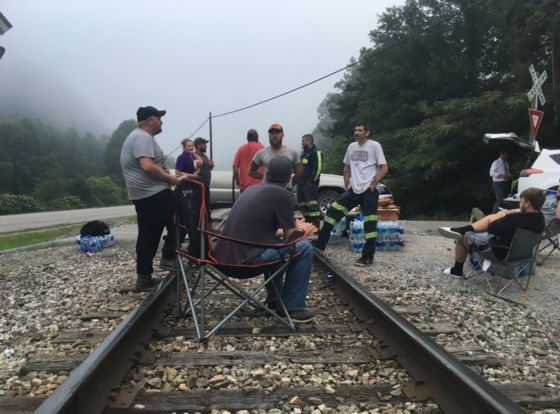 McConnell Supports Miners Blockading Coal Train to Get Back Pay
