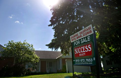 Sales of Previously Owned U.S. Homes Probably Climbed in July