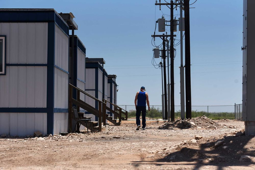 Welcome to the 'Man Camps' of West Texas - Bloomberg