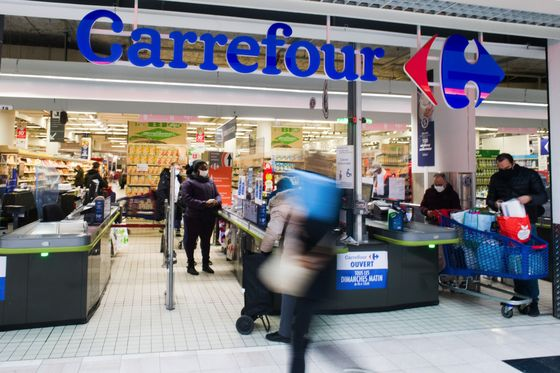 Circle K Owner in Talks to Buy Carrefour for About $20 Billion