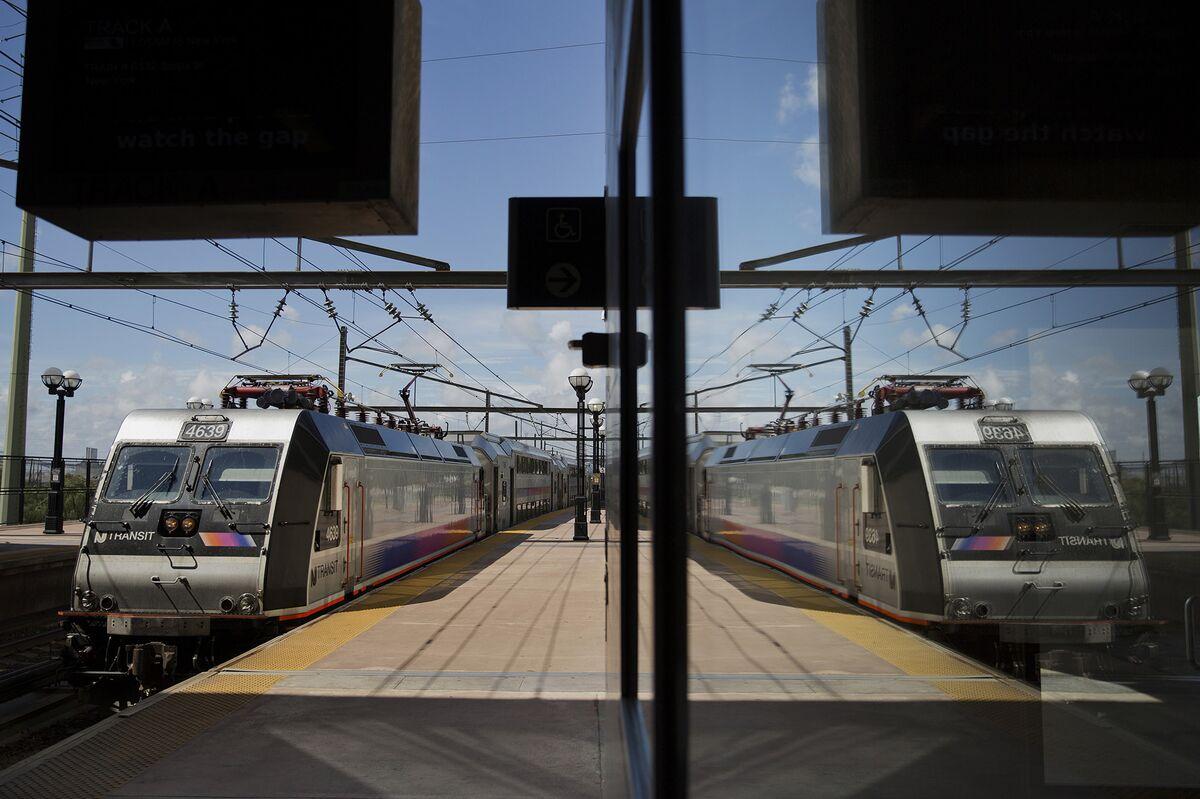 NJ Transit Resumes Off-Peak, Direct Raritan Valley Trip to NYC