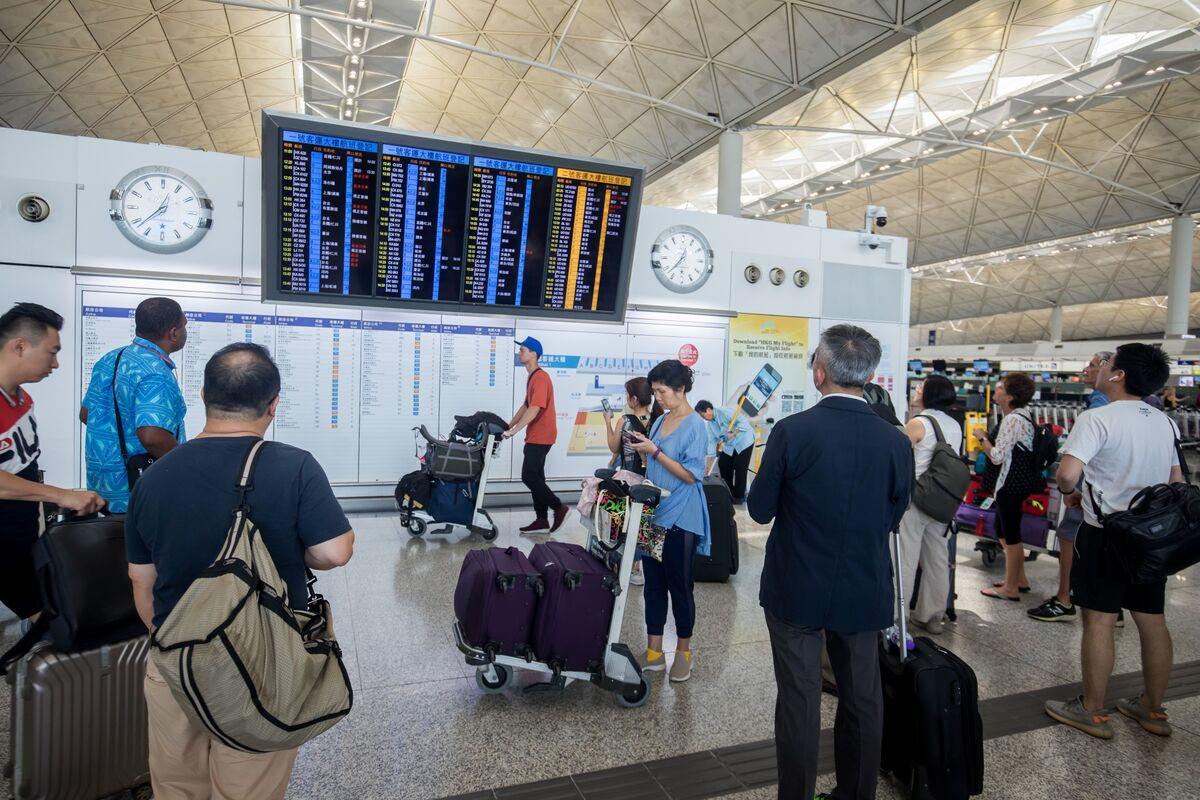 Hong Kong's Air Traffic Tumbles as Protests Deter Visitors
