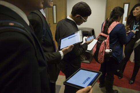 Jobseekers Attend A Career Fair