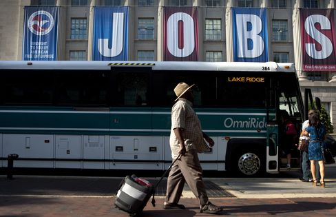 Obama May Back Hiring Credit, Construction Spending For Jobs