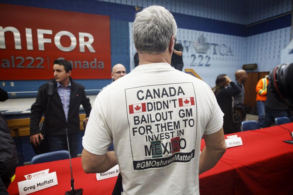 GM U S  Strike Leads to 5,000 Layoffs in Canada, Union Says
