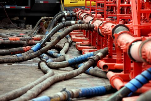 French Drillers Call for Shale Experiments to Calm 'Controversy'