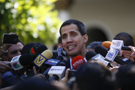 Venezuela Opposition Leader Detained and Released by Intelligence Police