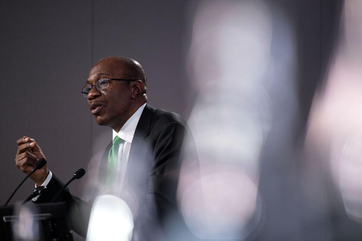 Nigeria Sees Most Banks Raising Lending to Meet New Ratio