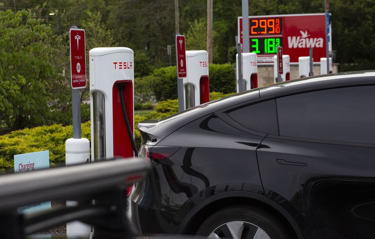 A Dry Pipeline Asks: Who Wants an Electric Car Now?