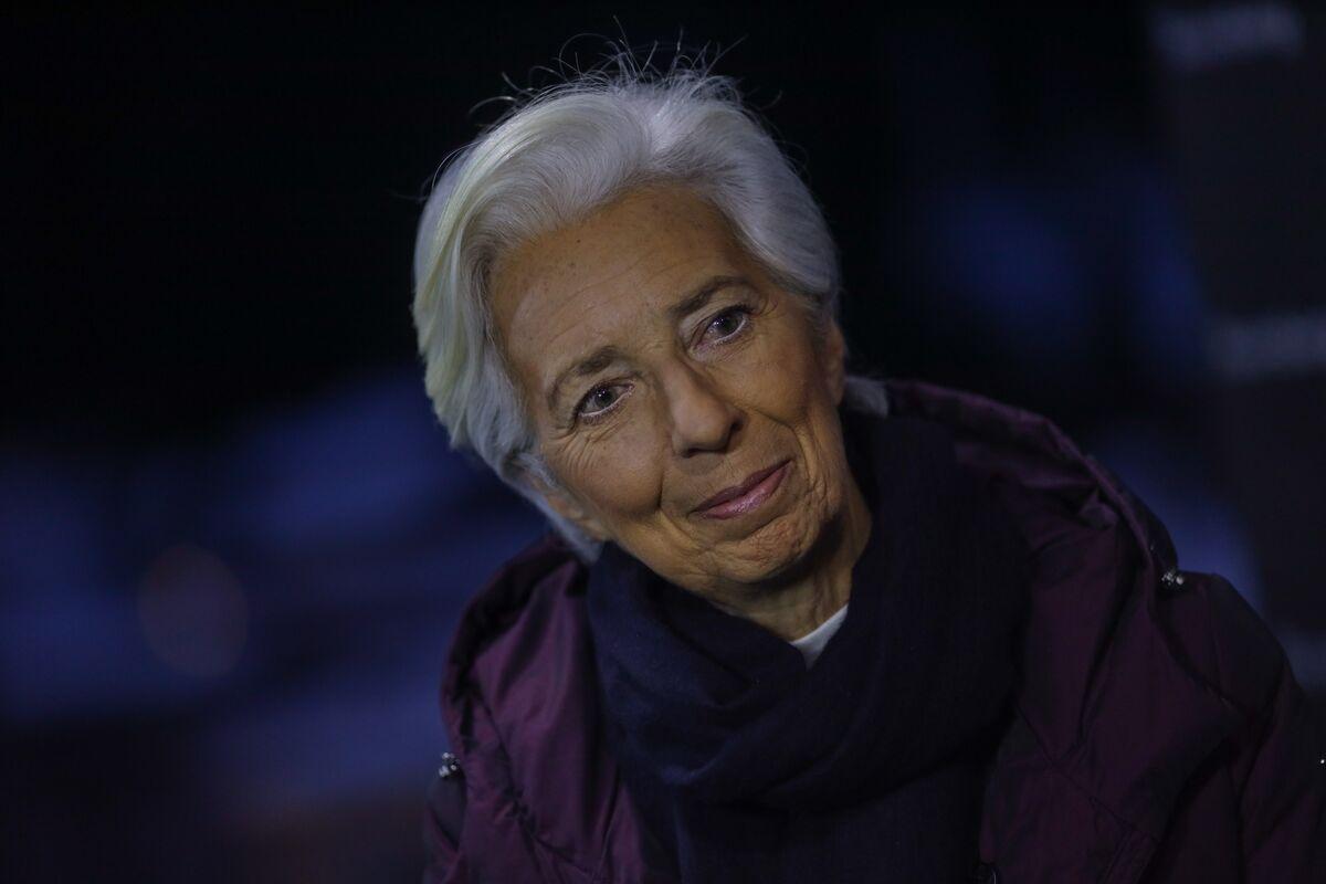 Lagarde Confronts Political Cost of ECB's Subzero Rate Policy