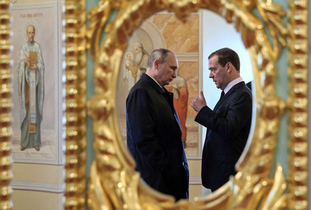 Russia Takes a Step Toward the Post-Putin Era