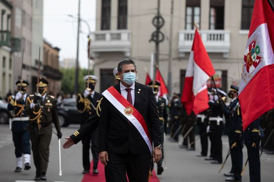 New Peru Leader Tries to Restore Calm With Cabinet Pick