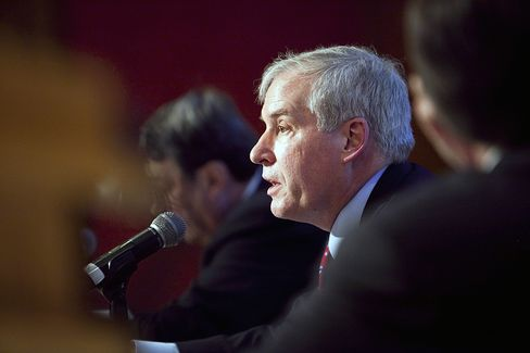 Fed's Rosengren Says Significant Accommodation Still Needed
