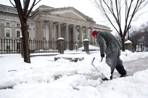 The Trouble with Calculating Cold Weather's Bite on the Economy