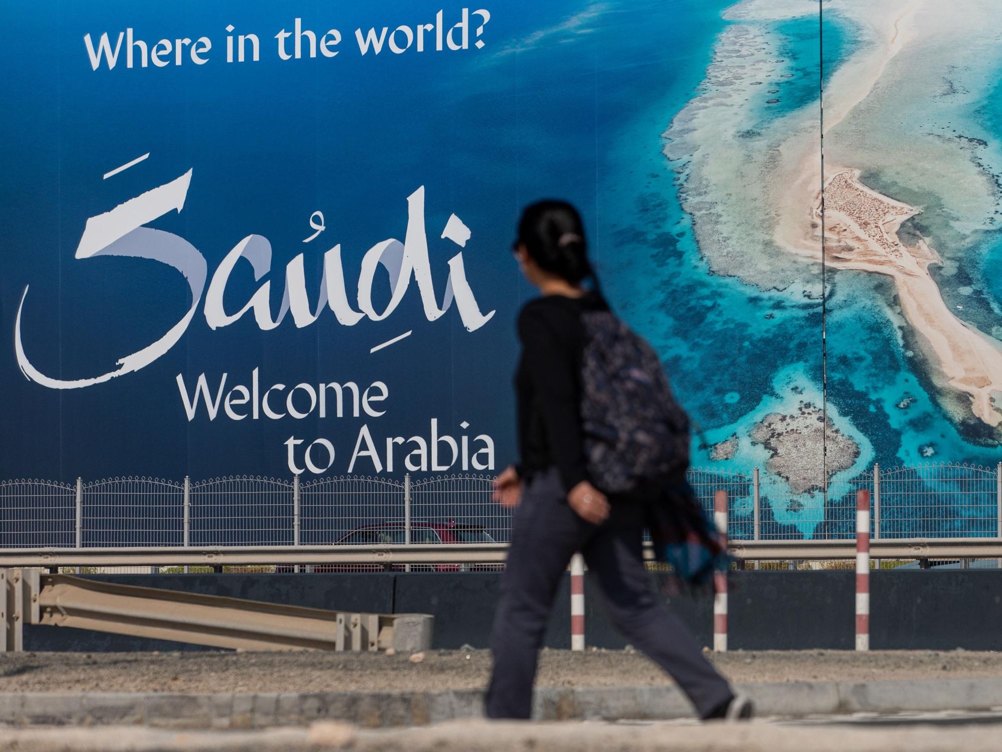 Saudi Arabia Advertises Tourism to Help Lower Unemployment
