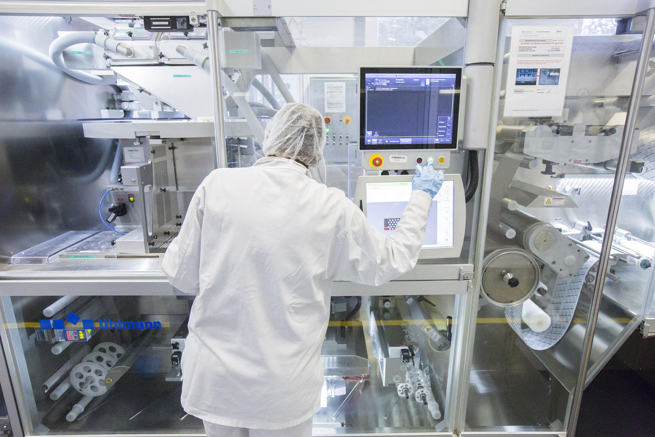 Merck Wins Record $2 5 Billion Patent Verdict Against Gilead