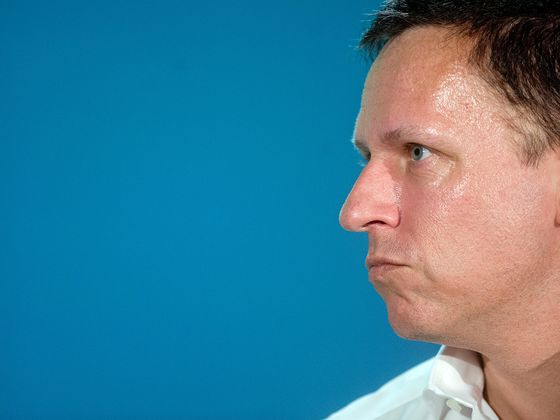 Palantir Stops Mocking Salespeople and Starts Hiring Them