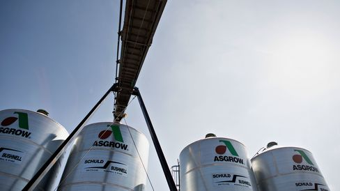 Monsanto Co. Asgrow soybeans in Manlius, Illinois.