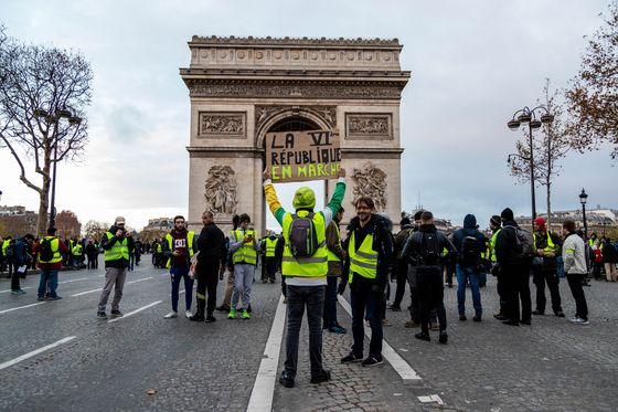 Yellow Vests Protesters Prepare to Run in French EU Elections