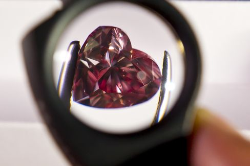 Rio Tinto Considering Sale of Diamond Assets as Part of Review