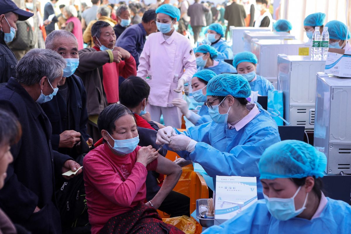 Are China's Covid Shots less effective?  Experts evaluate Sinovac