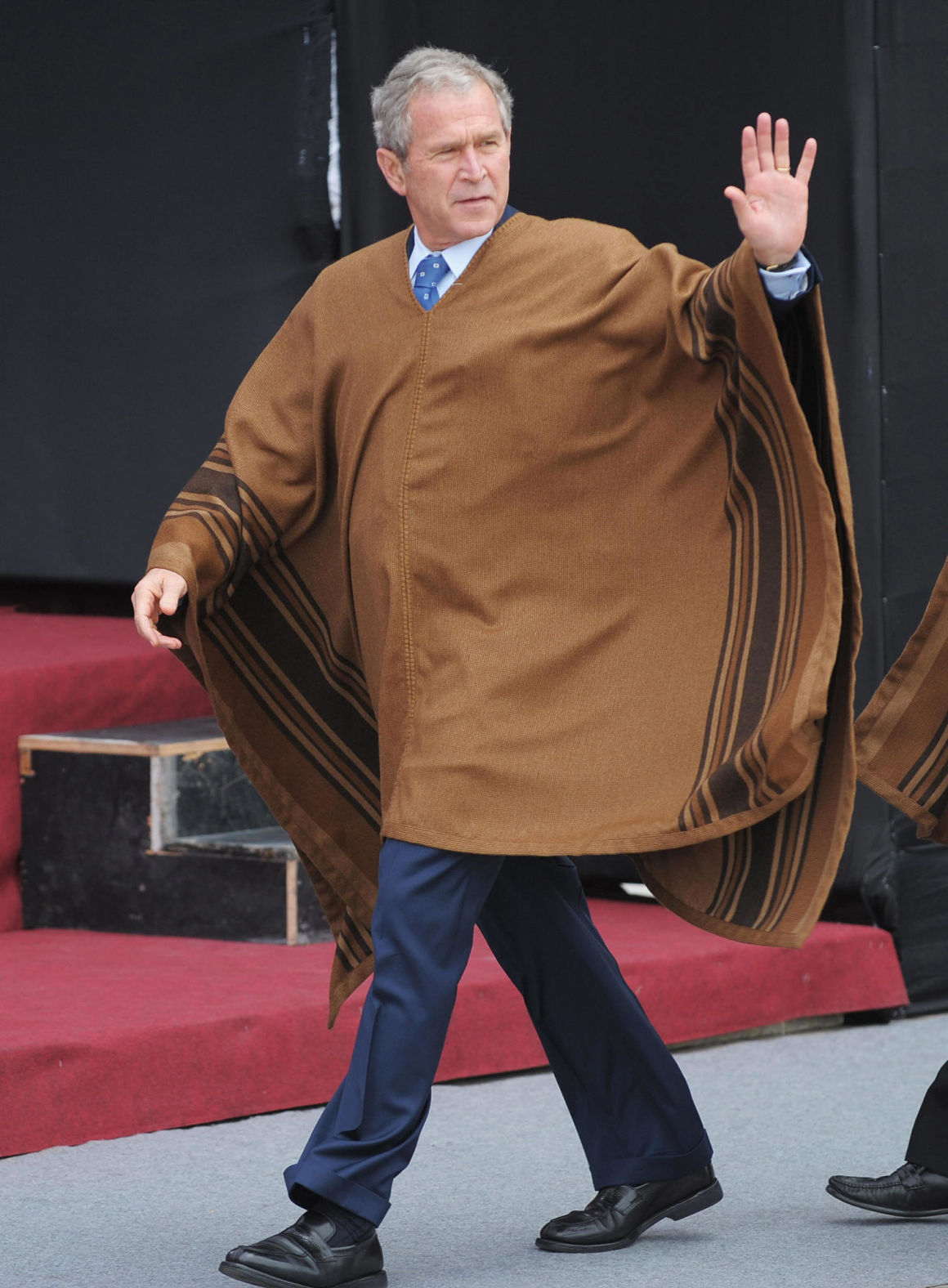 no president rocks apec fashion like george w bush  2008