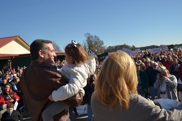 "BLOOMINGDALE, GA - DECEMBER 19:  Republican presidential candidate Sen. Ted Cruz (R-TX) speaks to crowd during a campaign rally at Ottawa Farms December 19, 2015 in Bloomingdale, Georgia. This stop on the ""Take off with Ted Cruz Country Christmas Tour"" featured one of the largest crowds of his tour so far at one of the last cattle farms in the county. (Photo by Nicholas Pilch/Getty Images)"