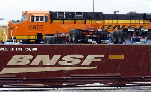 Buffett Says Berkshire Will Top $34 Billion Railroad Purchase