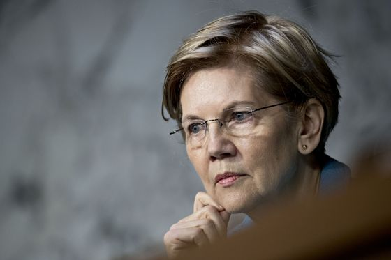 Warren Says Financial Giants Should Be Brought Down to Size