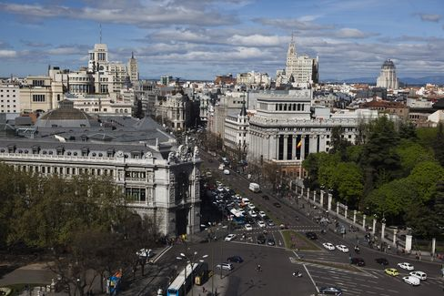 Spain Sells More Than Top Target at Bill Auction