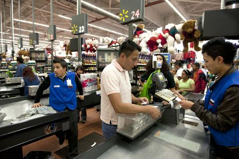 Wal-Mart Accused of Using Mexican Governor to Negotiate Bribes
