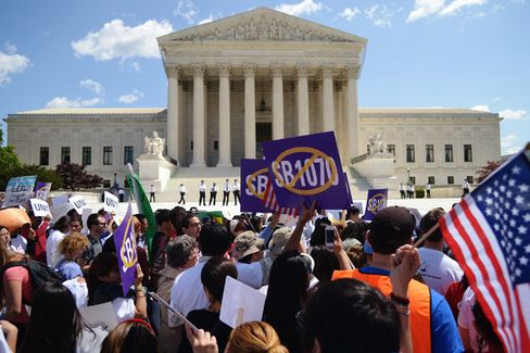 The Supreme Court Tries to Have It Both Ways on Immigration