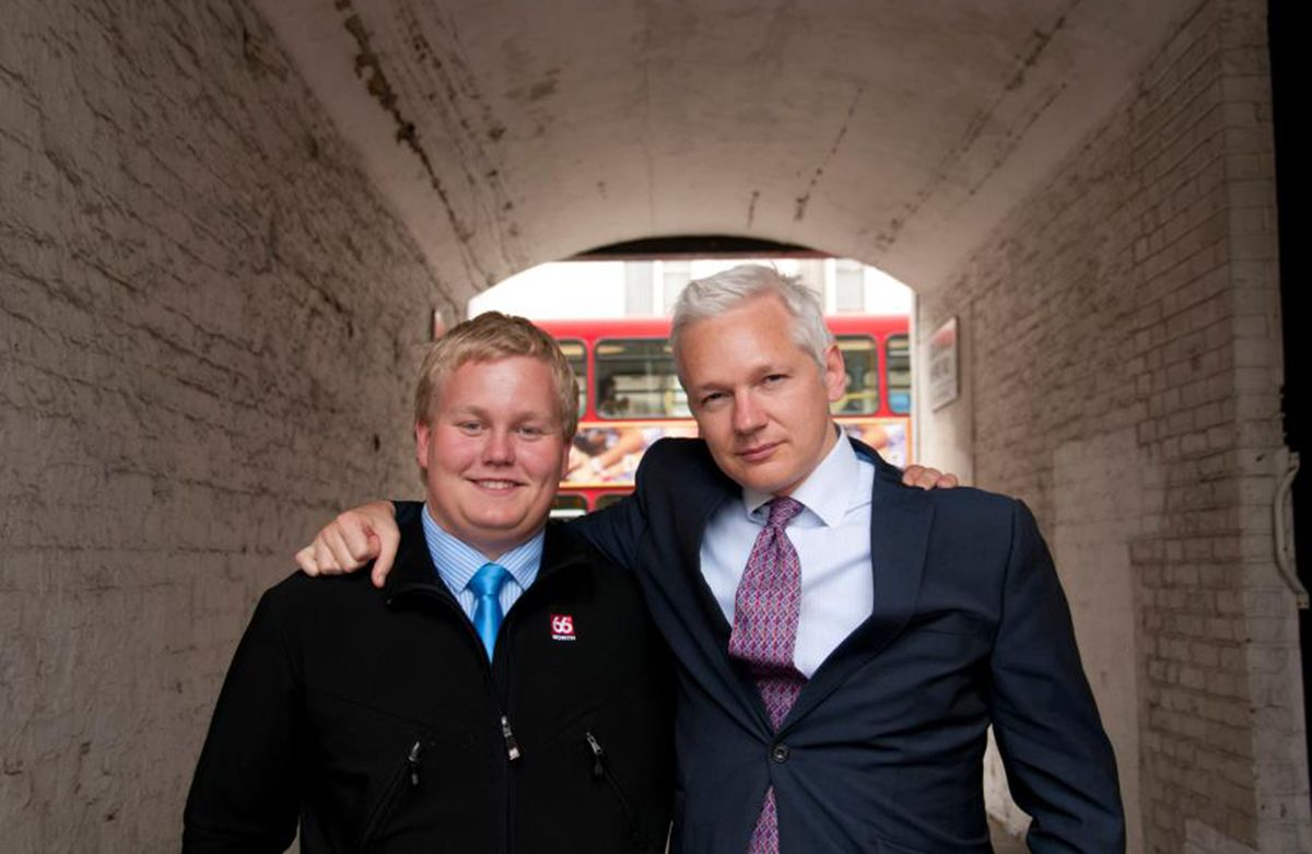 Teen Volunteer to WikiLeaks' Assange Dug Dirt and Wooed Bieber, McCartney