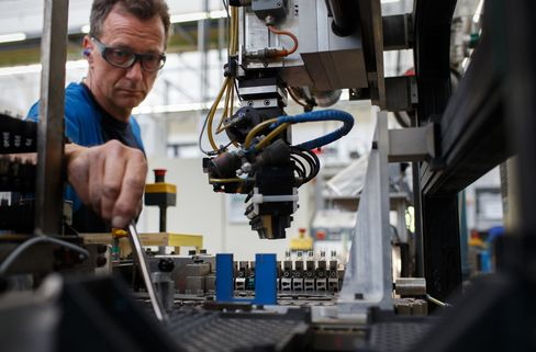 German ZEW Investor Confidence Declines for Seventh Month