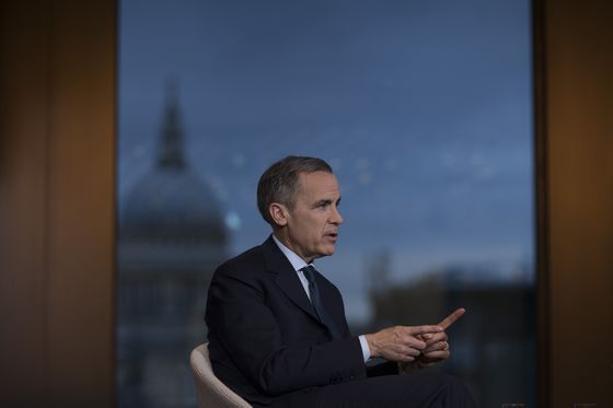 Carney Counts His Luck for Never Taking BOE Into Negative Rates