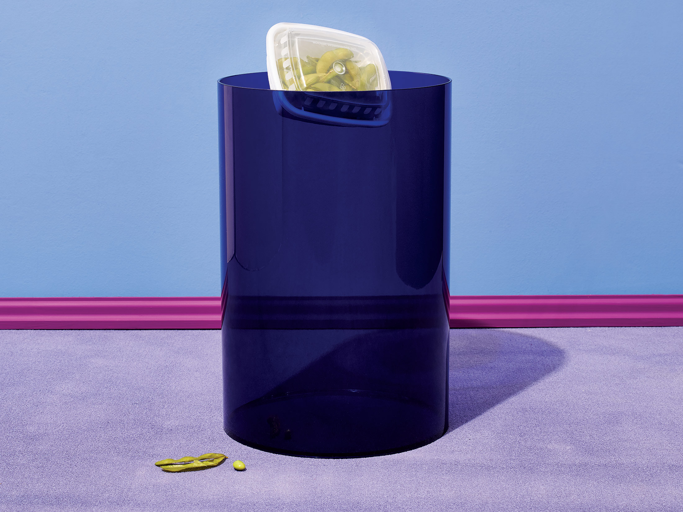 Waste basket by Gino Colombini for Kartell