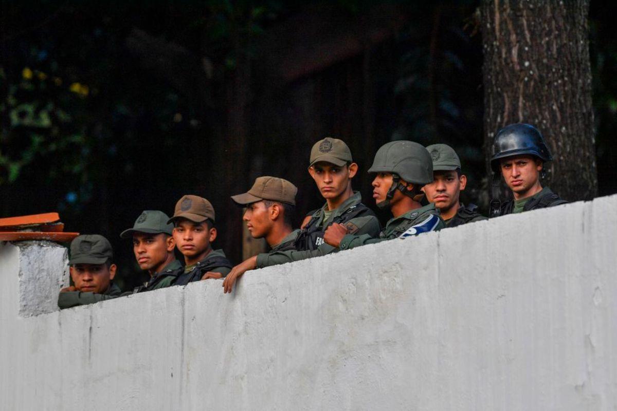 Venezuelas rank and file soldiers have been deserting in droves