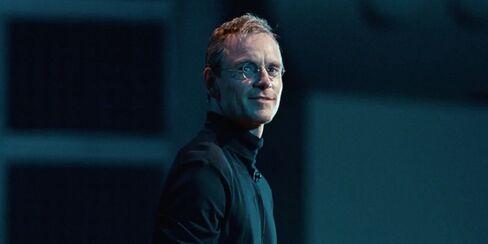 "Fassbender in ""Steve Jobs"""