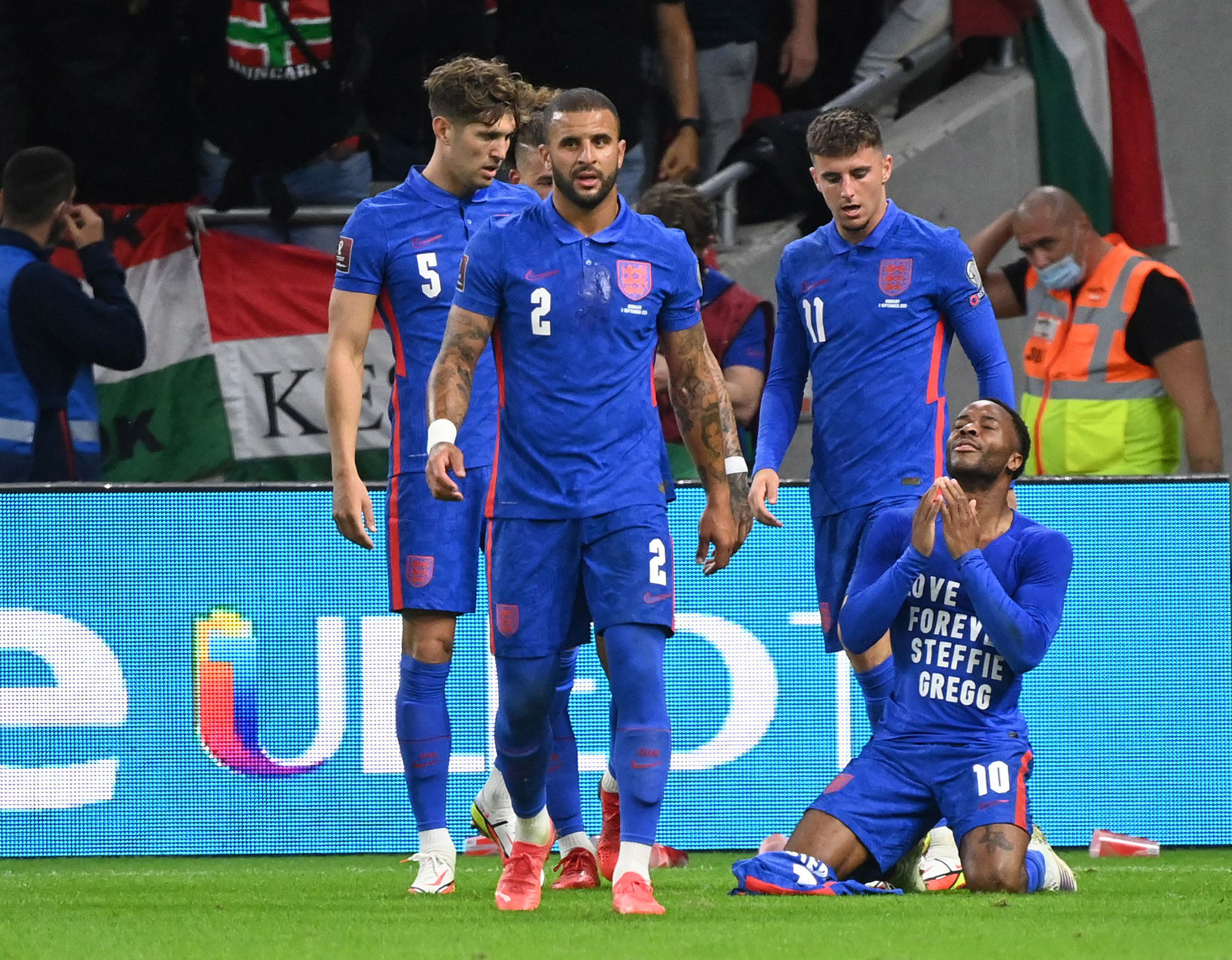 FIFA Pledges Action After Racist Abuse of England in Hungary - Bloomberg