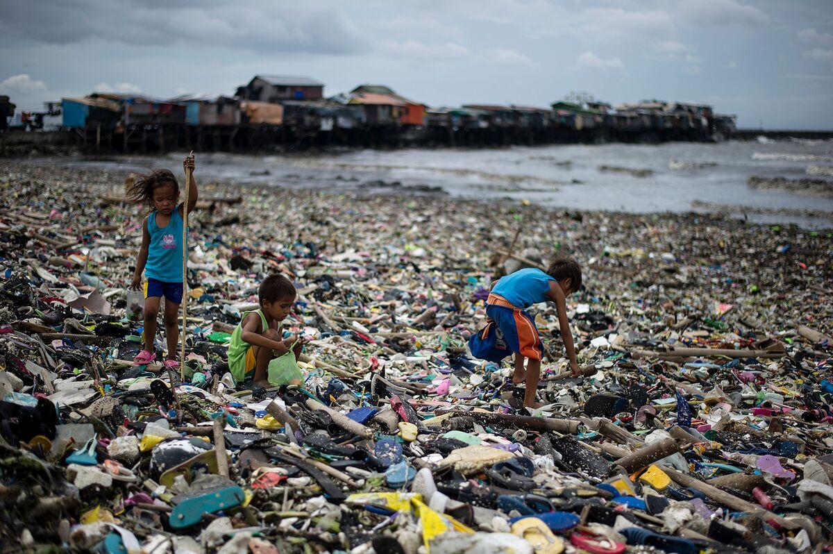 Morgan Stanley Seeks to Finance Global Cleanup of Plastic Trash