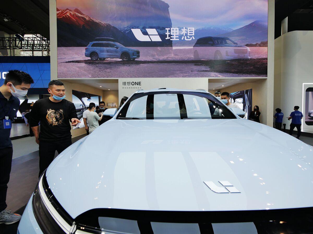 Chinese EV Maker Li Auto Gets Nod for Hong Kong Listing
