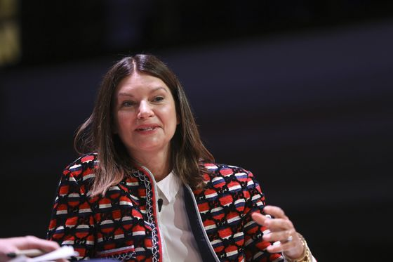 What Women Want: At European Retailers, Male Bosses Decide