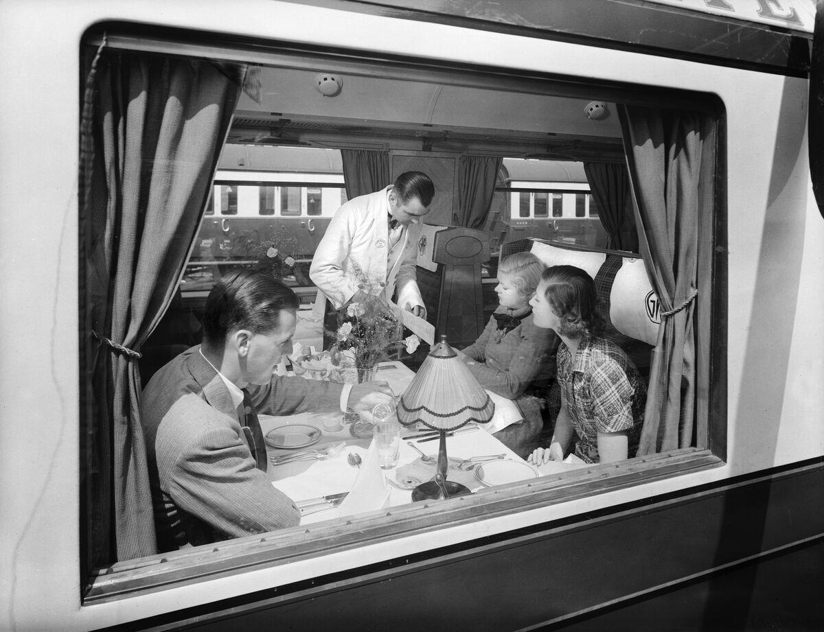 The Long Goodbye Amtrak's Restaurant on Wheels