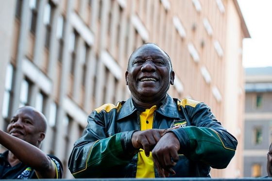 Unions Push Ramaphosa to Trim, Clean Up South Africa Cabinet