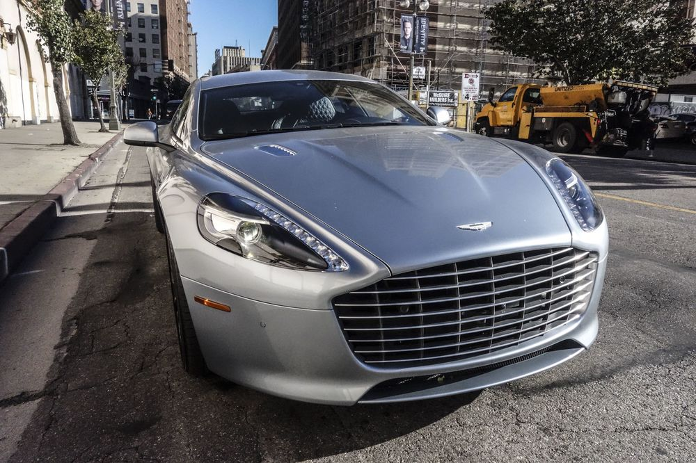 2017 Aston Martin Rapide S Review: Not a Good Deal for $207 000