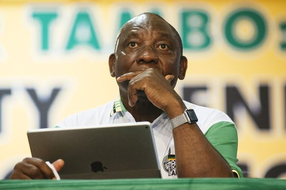 Recession Hands South African Opposition Potential Lifeline