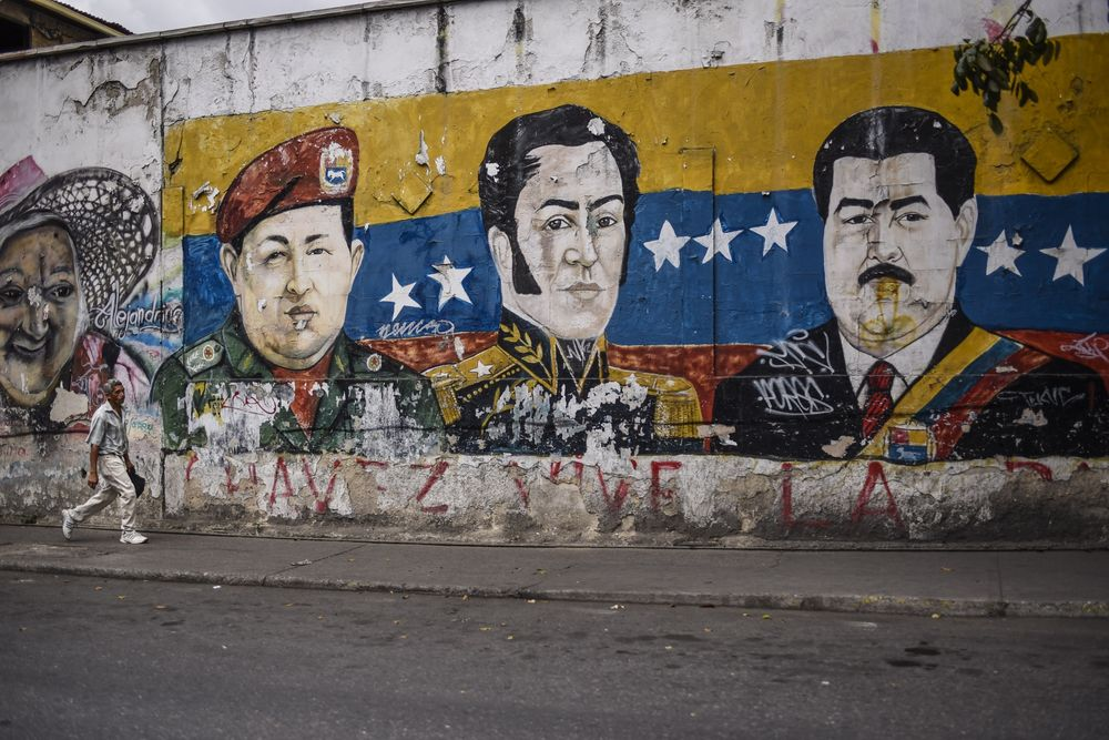 Weary of Sanctions, Venezuela Mulls Using Russian Payment System